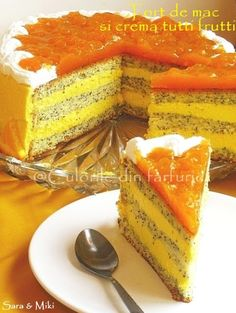 Cake tutti frutti poppy and cream Tutti Frutti, Cake Recipes, Dessert Recipes, Desserts, Mac, Different Cakes, Saveur, Nutella, Creme
