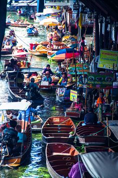 Bangkok is indeed a city of unusual sceneries & some best visuals are the floating markets in Bangkok. Check Out 10 Must See Floating Markets in Bangkok for Ultimate experience of the city.
