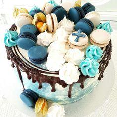Purppurahelmi: Rippikakku pojalle Goodies, Birthday Cake, Desserts, Food, African, Treats, Birthday Cakes, Postres, Gummi Candy