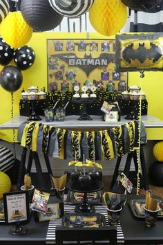 Do you want to create a LEGO Batman movie party? I've got some easy ideas that will help you plan your own party with ease! You'll need a fun backdrop, no-fuss snacks, capes, party favors, and festive decor.