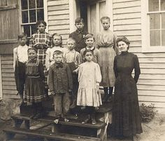 1908 photo of students and teacher from School District 89 in Millwood Township, Minnesota (Photo Courtesy of Stearns History Museum)