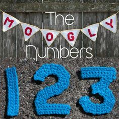 After last week's successful debut of the Moogly Crochet Alphabet, it quickly became clear that I needed to make some crochet numbers to match! Et voila!