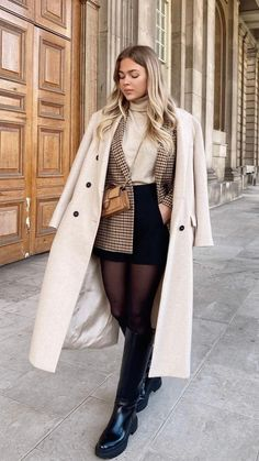 Casual Winter Outfits, Winter Fashion Outfits, Classy Outfits, Autumn Winter Fashion, Stylish Outfits, Fall Outfits, Winter Fashion Women, Winter Clothes Women, Winter Wedding Outfits