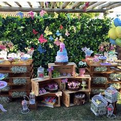 Festa Jardim das Borboletas. Pic via @craftroombyfe #encontrandoideias #blogencontrandoideias by encontrandoideias
