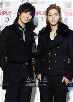 Kim Hyun Joong (right)
