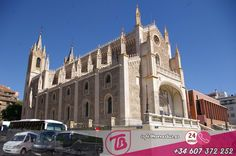 Buses, Notre Dame, Barcelona Cathedral, Html, Madrid, Travel, High Road, News, Transportation