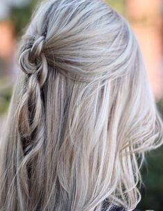 Loose Braid Hairstyles Trends for Women 2018 Spring Season