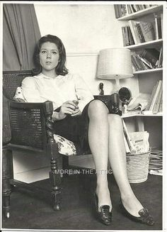 Diana Rigg, at home Avengers Girl, New Avengers, Female Actresses, Actors & Actresses, Female Celebrities, Celebs, Diana Riggs, The Original Avengers, Spy Shows