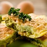 Crustless Broccoli Quiche, a great Easter brunch option. Only 5.9g Net Carbs.