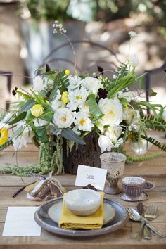 green and yellow wedding, photo by Buena Lane, flowers by Lilify http://ruffledblog.com/western-nomadic-styled-shoot #centerpieces #placesetting #reception