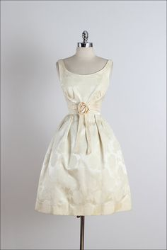 Golden Days . vintage 1950s dress . vintage por millstreetvintage