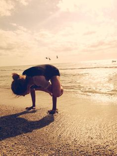 Yoga Poses Around the World: Crow in Tampa, USA