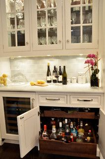 Pull out, locking liquor drawer. Must have!