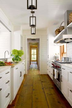 Looking for Cottage Kitchen and Galley Kitchen ideas? Browse Cottage Kitchen and Galley Kitchen images for decor, layout, furniture, and storage inspiration from HGTV. White Galley Kitchens, Galley Kitchen Design, Galley Kitchen Remodel, Cottage Kitchens, Cool Kitchens, Galley Kitchen Layouts, Rustic Galley Kitchen, Homey Kitchen, Bungalow Kitchen