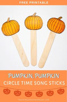 Download these free pumpkin themed circle time printable props for toddlers and preschoolers to use with pumpkin songs and fingerplays! #pumpkins #circletime #printable #puppets #props #teachers #classroom #toddlers #preschool #autumn #printable #2yearolds #3yearolds #teaching2and3yearolds