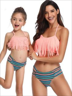 Discover classic variety of girls two piece swimsuits at Mia Belle Baby. A perfect selection to suit any style, level, and budget. Shop now and show your mother-daughter bond with the same outfit. Baby Bikini, Push Up Bikini, Bikini Boho, Bikini Sets, Bikini Swimwear, Kids Swimwear, Bikini Beach, Bikinis Lindos, Bathing Suits