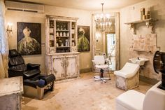 Photos: High-end homes with their own private beauty salons