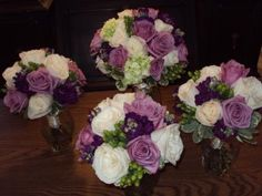These are lovely! I think I found the brides maids flowers..........