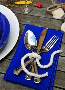 Tying the knot theme. (give the wedding / party guests a list of different knots to try. Something to keep them occupied while waiting for the bridal party's arrival! Place Settings, Table Settings, Setting Table, Deco Marine, Beach Party, Lake Party, Wedding Beach, Wedding On A Boat, Lake Theme Wedding