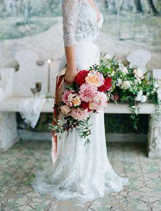 red bouquet, blush bouquet, peach bouquet, LVL Weddings & Events, Elizabeth Messina, Inviting Occasion