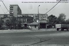 Piata Iancului, Intrare metrou, Galeria Nr.34 Bucharest, Old City, Alter, Street View, Memories, Crafts, Diy, Memoirs, Souvenirs