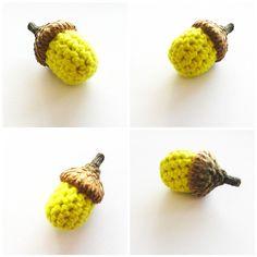 Free acorn crochet pattern