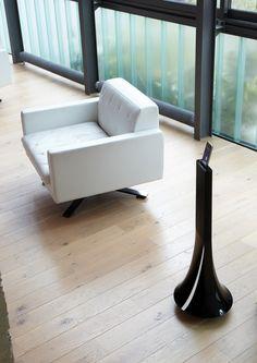 Parrot Zikmu Solo design by Starck - Wireless Speaker Tower
