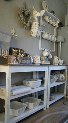 Country style shelving