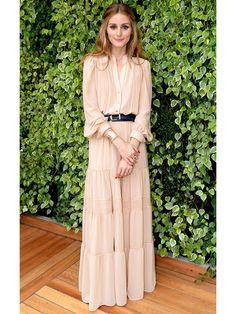 大人ガーリーに着こなすロングドレス Olivia Palermo private fashion