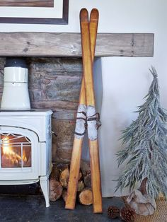 Plucked from the walls of your favourite chalet, these vintage-style wooden skis are the perfect way to make your home into the cosiest winter retreat.