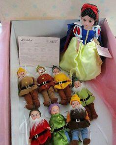 Snow White Seven Dwarfs, Vintage Madame Alexander Dolls, Disney Dolls, African Safari, Antique Dolls, Disney Movies, Doll Set, Fairy Tales, Ebay