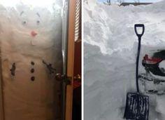 Kanadát idén télen belepte a hó! Itt vannak a legviccesebb képek! Shovel, Outdoor Power Equipment, Humor, Dustpan, Humour, Funny Photos, Garden Tools, Funny Humor, Comedy
