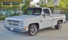 Custom Chevy Trucks, C10 Trucks, Chevy Pickup Trucks, Classic Chevy Trucks, Chevrolet Trucks, Classic Cars, Old Chevy Pickups, Chevrolet Silverado, Hot Rod Pickup