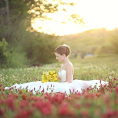 A sweet spring yellow bridal session.