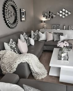 Pin von Muzaiba Hasan auf Deko rumah baru | Pinterest | Wohnzimmer ...