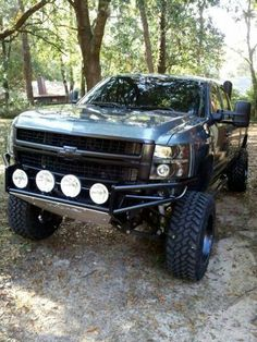 awesome lifted truck