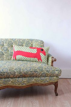 {Dachshund applique pillow} totally sweet pillows! they make owls + narwhals, too :D