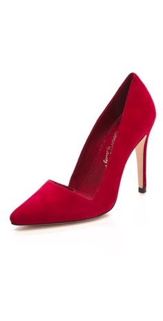 Dina Suede Pumps