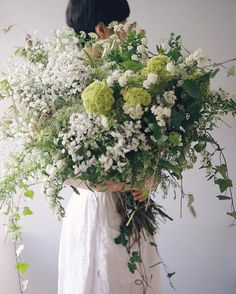 Have you ever received a bouquet like this?  Bouquet & 📷 from . Wedding Flower Arrangements, Floral Arrangements, Wedding Bouquets, Carrot Flowers, Fresh Flowers, Floral Wedding, Wedding Flowers, Beautiful Flowers Garden, Pretty Flowers
