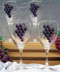 Hand Painted Grapes Wine Glasses  Set of 4 by LorisOriginals, $25.00