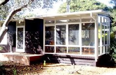 The Design Files/Modernist Australia - mid century beach shack