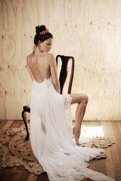 Vestido de novia de encaje boho impresionante por Graceloveslace