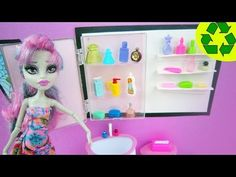 """How to make a Medicine Cabinet for your doll """"stuff that really works"""" - Recycling"""