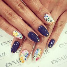 ボタニカルネイル♫カラフルなボタニカル柄とライトなネイビーを合わせて♫  #nail#gelnail#nails#esnail#esnail_japan#shibuya#naildesign#ネイル#エスネイル#botanical#ボタニカル#hippie#春ネイル#フラワー#flower#ヒッピー#ボヘミアン#boho#spring