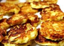 Crisp Shredded Potato Cakes with Crème Fraîche | WizardRecipes