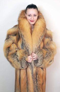 Fabulous Fox, Fox Fur Coat, Fur Coats, Silver Foxes, Fur Clothing, Red Fox, Fur Fashion, Fur Jacket, Style Guides