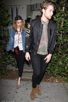 | 5SOS LUKE HEMMINGS and ARZAYLEA HAVE SPLIT FOR GOOD | http://www.boybands.co.uk
