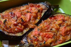Vinete umplute (Immam Bayildi) - CAIETUL CU RETETE Ratatouille, Tandoori Chicken, Appetizers, Ethnic Recipes, Food, Decor, Fine Dining, Salads, Dekoration