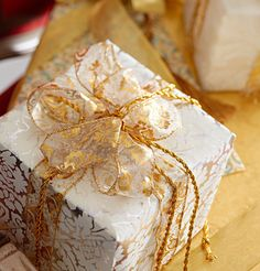 Gorgeous Gift Wrap: A Style Guide - Traditional Home®