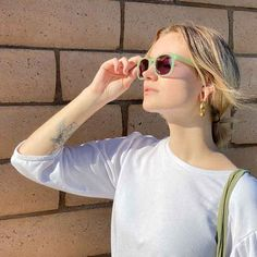 A beautiful pair of sunglasses that suit many face shapes and help our planet. They have UVA/UVB protection and are very durable. They come with a carry pouch. Ethical Clothing, Ethical Fashion, Makeup Beauty Box, Traditional Frames, Natural Deodorant, Contemporary Fashion, Fast Fashion, Face Shapes, Sustainable Fashion